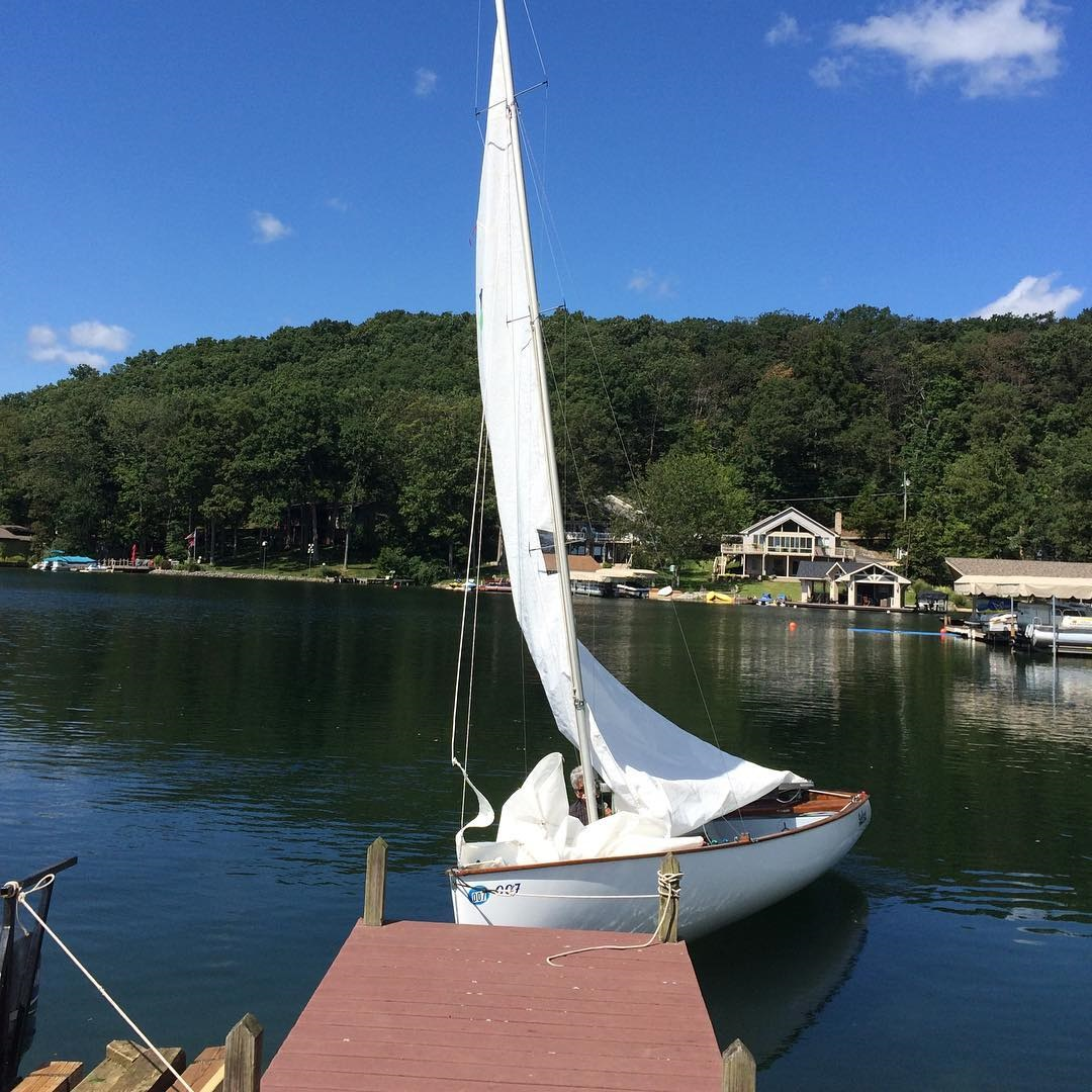 yacht-club
